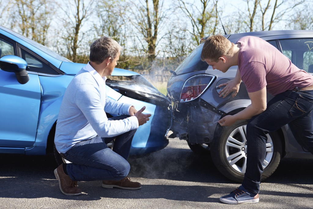 5 Times when you should call roadside assistance